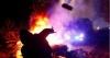 Šokantan napad na evakuirane: Kamenjem i metalnim šipkama po Ukrajincima evakuiranim iz Wuhana (video)