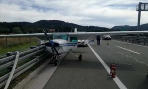 Avion sletio na autoput kod Rijeke
