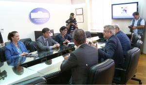 Ambasador SAD u posjeti Bijeljini i BN televiziji
