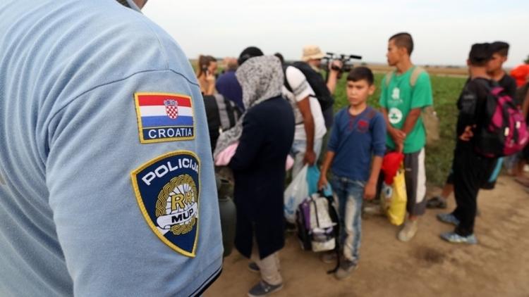 'Naredba da migrantima uzimamo novce, razbijamo mobitele...'