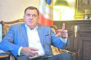 """Velika pobjeda Milorada Dodika: Čovjeku s crne liste dolazi """"na noge"""" američki ambasador"""