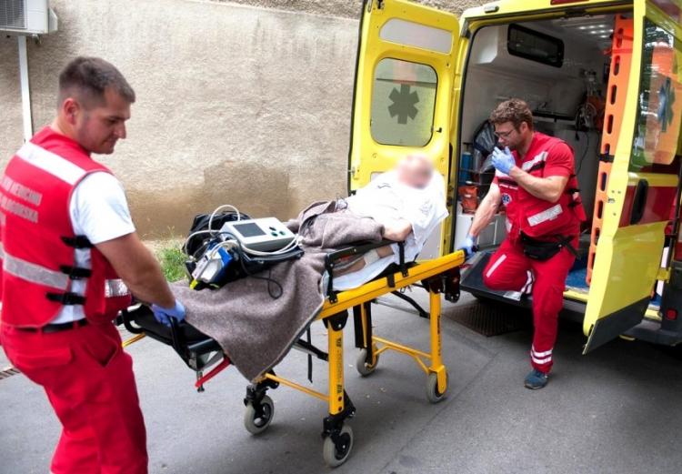 Muškarac preminuo za volanom tokom vožnje u centru Sarajeva