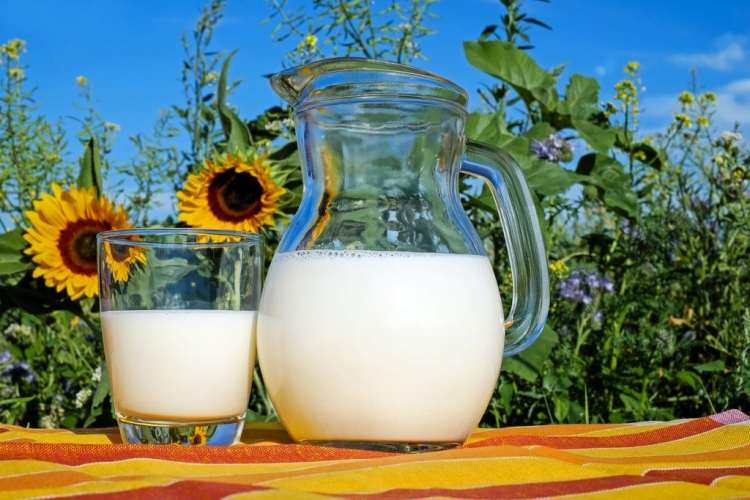 """Čudesna molektula"" u mlijeku i alkoholu"