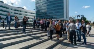 Napad na novinara tretirati kao napad na službeno lice