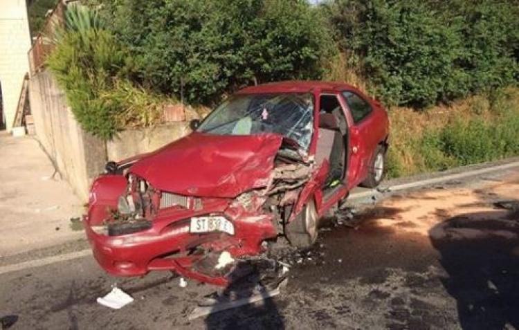Vozač hitne zaspao za volanom i zamalo ubio dvoje: Splićanka tvrdi da joj je sestru i nećakinju zamalo usmrtio djelatnik Hitne koji je od umora zaspao za volanom