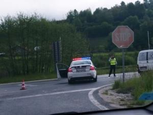 Velika policijska akcija u Hadžićima, blokiran put prema Konjicu (FOTO)