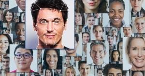 Orvelovska zastrašujuća aplikacija: Svatko vas može slikati na ulici i doznati sve o vama