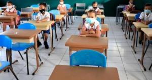 CNN-ov scenarij za škole i jesen: Evo šta se desi kad škola otvori vrata učenicima i onda je jedan zarazio 25 učitelja