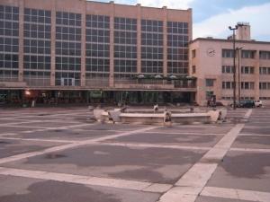 Migrant nožem napao policijsku patrolu na željezničkoj stanici u Sarajevu
