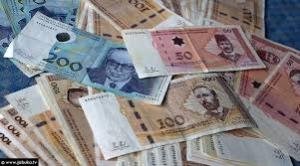 """Kupovali za 2000 KM otiske prsta: U Bihaću """"poklanjali"""" građanima po 2.000 KM da izmire dugovanja u bankama"""