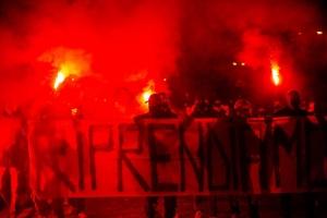 """Gerilski rat protiv mjera u Italiji VIDEO / GERILSKI RAT NA ULICAMA FIRENZE I BOLOGNE: Prosvjednici bacali Molotovljeve koktele, s ulica se čulo: """"NISMO FAŠISTI, SAMO SMO GLADNI"""""""