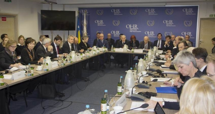 Zaključci UO PIC-a, Rusi se ne slažu