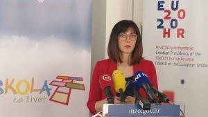 HR: On line nastava i za iduću godinu - Hrvatska priprema model nastave na daljinu za sljedeću školsku godinu