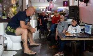 Belgijanac pet dana sjedio na WC šolji