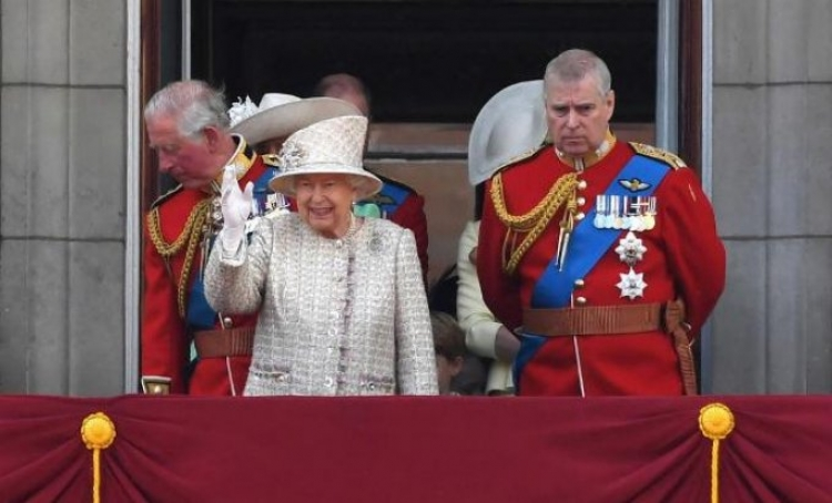 Veliki skandal u kraljevstvu: Princ Andrew uhvaćen na djelu u vili milijardera pedofila