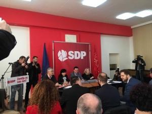Dio članova Glavnog odbora SDP-a napustio sjednicu