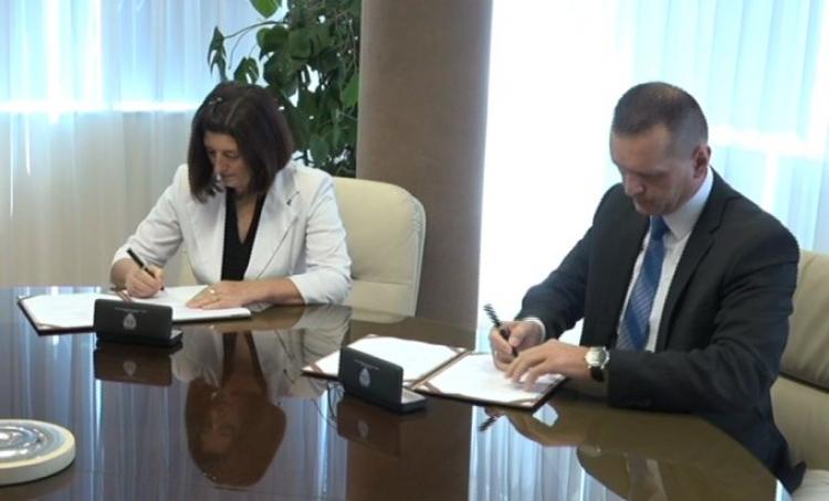 Pripadnicima MUP-a ubuduće veće penzije: Potpisan Posebni kolektivni ugovor za zaposlene u MUP-u
