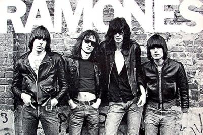 Ploča Ramonesa ide u svemir
