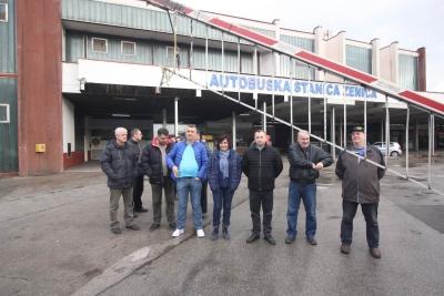 """Radnici """"Zenicatransa"""" odblokirali autobusku stanicu u Zenici i počinju sa radom"""