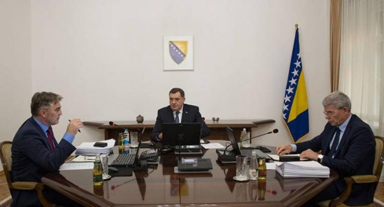 Zakazana sjednica Predsjedništva - Imenovanje Zorana Tegeltije