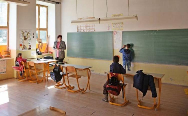 Hadžić: Bit će zbrinut sav tehnološki višak u školama ZDK