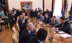 Dodik nakon sastanka : Odbacujemo deklaraciju, RS je prioritet