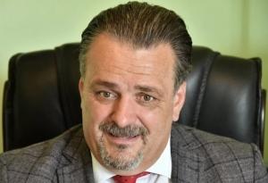 Od kada su foto mučenja djece - pita direktor Zavoda Sabinu Ćudić