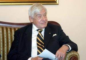 Amerikanci čuvali Dodika od Schilinga