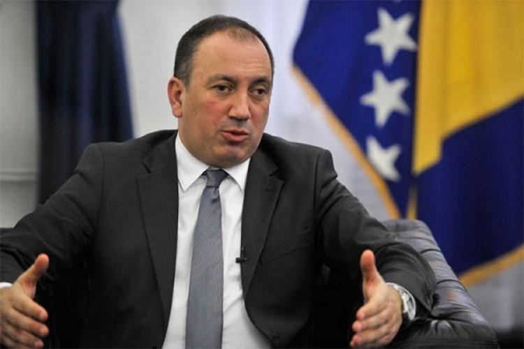 Obaveza Dodika i mene da budemo dobri domaćini