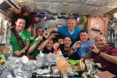 Lebdeća pizza iz svemirske radinosti