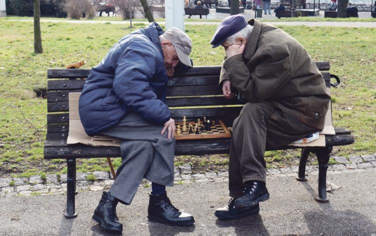 Novi trend: Poslodavci u RS sve više angažuju penzionere