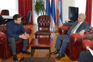 Čubrilović sa Bikovićem: Promovisati identitet i specifičnosti srpskog naroda