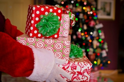 Stigli Covid darovi - Djed Mraz zarazio 118 osoba u domu za stare