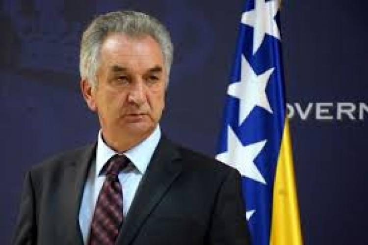 """""""Ni šargarepa od Komšića neće biti dovoljna"""""""