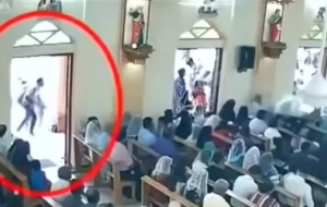 Bombaš samoubojica snimljen kako ulazi u crkvu u Šri Lanki, gdje je u smrt poslao 50 ljudi