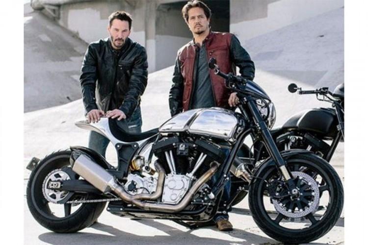 Kijanu Rivs - glumac, ljubitelj motocikala i vlasnik svog moto brenda