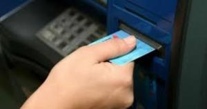 Punica zetu uzela bankovnu karticu i sa računa podigla 16.800 KM