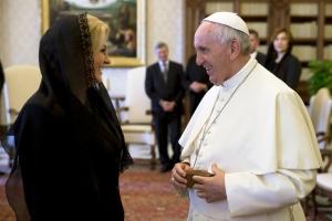 Papa jača Kolindu: Hrvatska snažna država sa snažnom predsjednicom