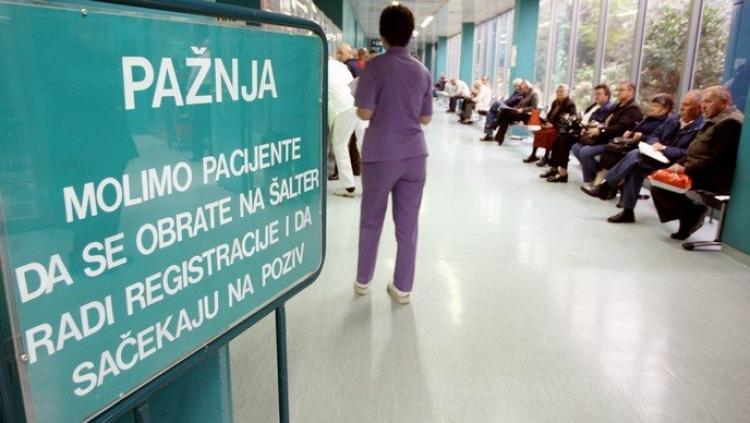 Zdravstveni sindikati HR ne odustaju od povećanja plaća