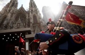 Optužen muškarac koji je u newyoršku katedralu ušao s benzinom