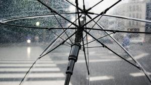 Olujno nverijeme u Francuskoj:  Jedna žrtva, 5 ozlijeđenih, 600 evakuiranih