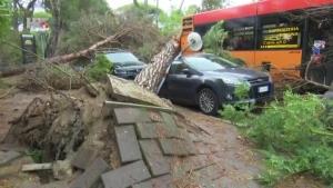 Nevjerojatne scene oluje u Italiji (video)